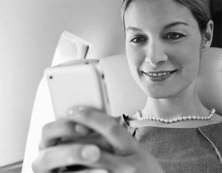 Holidaymakers' Phone Habits Revealed by AeroMobile - Image 2