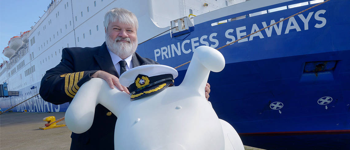 DFDS Snowdog image 3