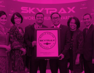 Garuda Indonesia world's best cabin crew 2016 by RoosterPR - image 1