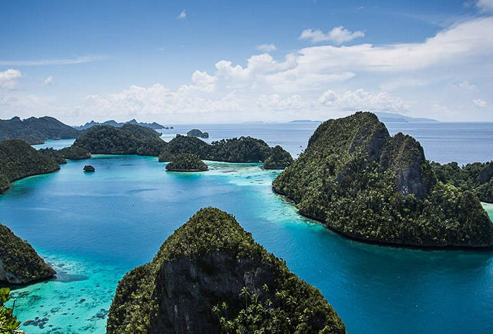 Island Paradise Raja Ampat Now More Accessible for Brits!
