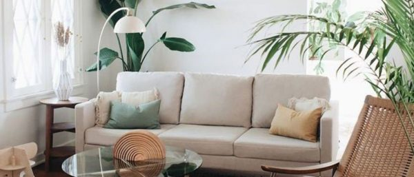 A summery, Scandinavian living room interior