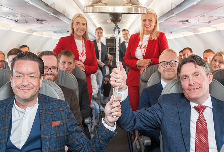 Icelandic Airline PLAY Rings the Stock Market Bell at 12,000 Feet